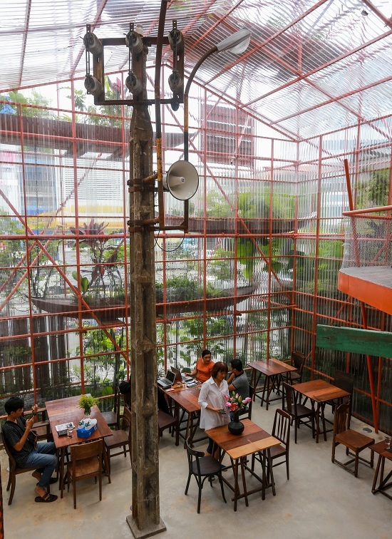 Is it a construction site? No, it is a café in Saigon - 7