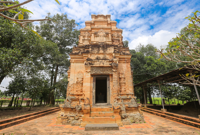 A temple in southern Vietnam reflects an Indian past - 1