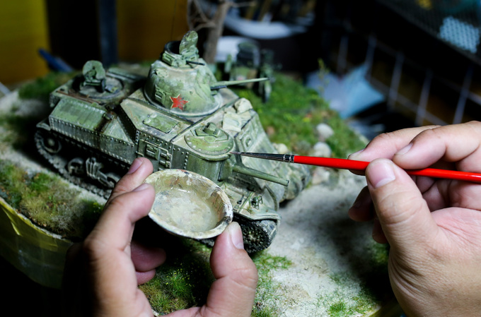 Saigon resident recreates historic events in miniature 3D figurines - 4