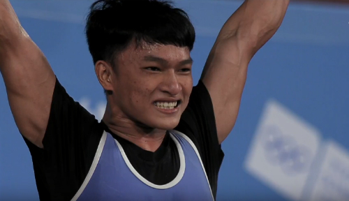 Weightlifter gets Vietnam's first gold medal at Youth Olympics