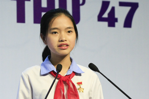 'Be their Santa Claus!' Vietnamese teen's appeal wins a world prize