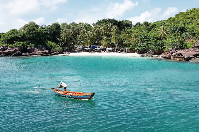 A pristine beach in Phu Quoc Island. Photo by VnExpress
