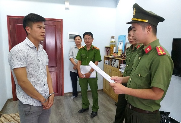 Man arrested for trafficking people to Taiwan
