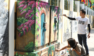 Hanoi high school gets a historic mural makeover