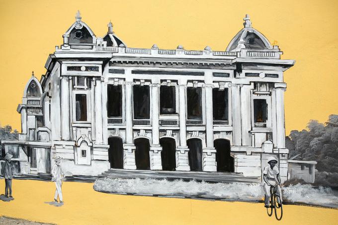 Hanois century-old high school draped in modern graffiti of ancient relics - SEN (unedited) - 5