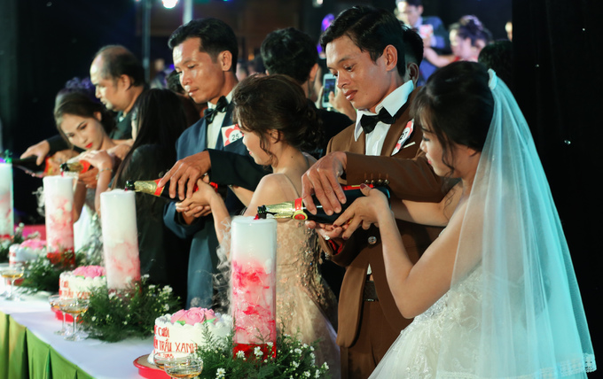 40 couples with disabilities enjoy a joint wedding in Saigon - 1