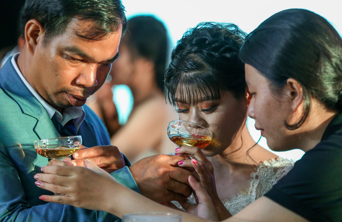40 couples with disabilities enjoy a joint wedding in Saigon - 5