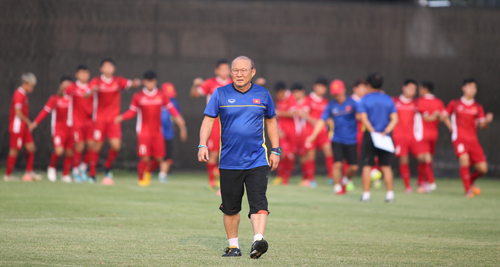 Vietnamese coach wants to avoid early match with 5-time champion Thailand at AFF