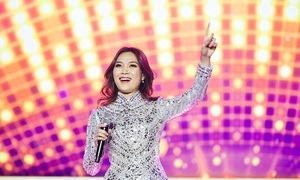 Vietnamese diva My Tam performs live to full house South Korea