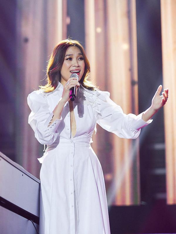 Vietnamese diva My Tam performs live to full house South Korea - 4