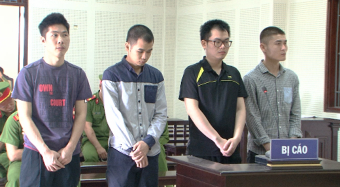 Four Chinese jailed in Vietnam for stealing with fake ATM cards