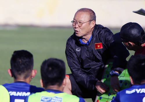 Vietnamese football coach worried about match-fixing at AFF Championship