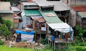 Relocate households from Hue's 'imperial' slum with minimal disruption: PM
