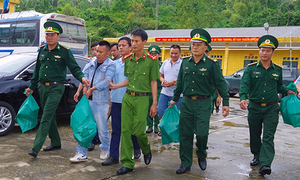 35 kilograms of meth, heroin seized from Laos vehicle in central Vietnam
