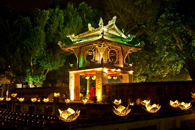 A night scene at the Temple of Literature, a popular destination in Hanoi. Photo by VnExpress Photo Contest/Vu Quang Ngoc
