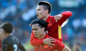 Two Vietnamese stars tipped for best player award at AFF Cup
