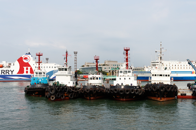 South Korea hunts Vietnamese, Chinese illegal migrants