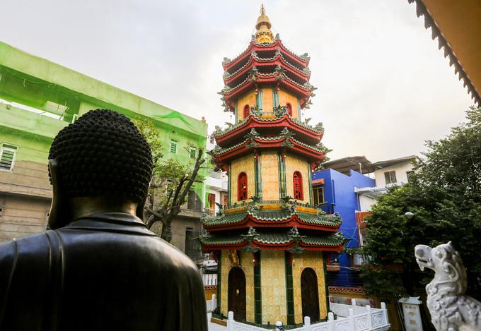 A Saigon pagoda thats a ceramic wonderlandThe Giac Vien Pagoda in Saigon, dating back 60 years, hosts a remarkable ceramic tribute to the Buddha.A Saigon pagoda thats a ceramic wonderland - 1