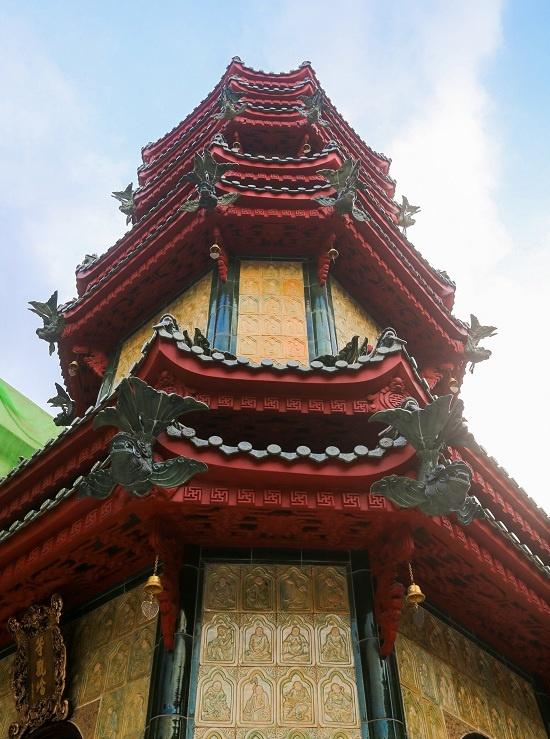 A Saigon pagoda thats a ceramic wonderlandThe Giac Vien Pagoda in Saigon, dating back 60 years, hosts a remarkable ceramic tribute to the Buddha.A Saigon pagoda thats a ceramic wonderland - 2