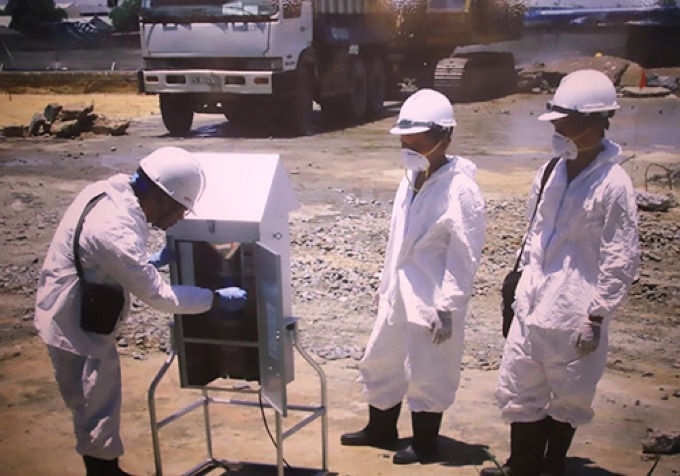 Field workers use a heating process to remove dioxin from contaminated soil. Photo courtesy of Vietnams Ministry of Defense