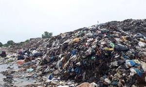 Vietnam's 'pearl island' eyes freedom from plastic