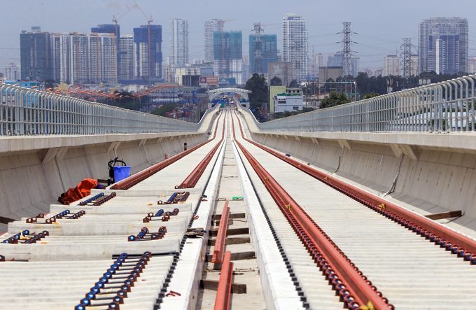 Six years on, Saigons first metro line nowhere near completion - 4
