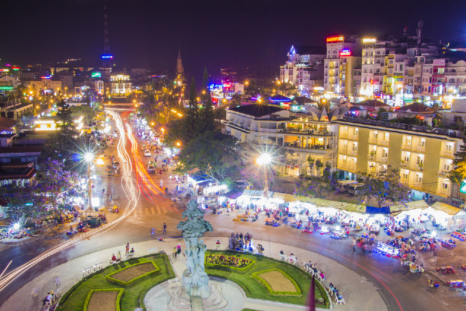 A nightlife view in the downtown Da Lat. Photo by Shutterstock/David Tran