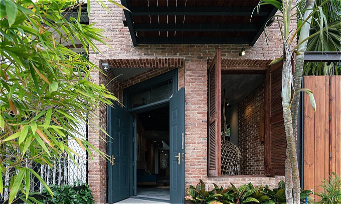 A Saigon residence gets sophisticated with rustic elements - 4