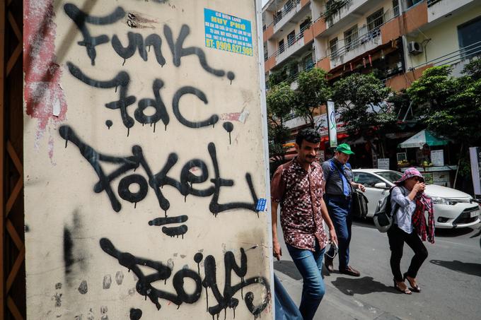 Saigon streets suffer graffiti damage