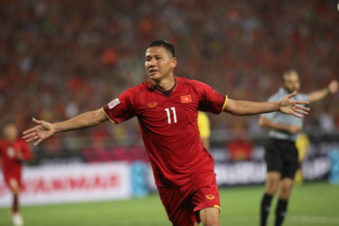 Nguyen Anh Duc celebrates after earning the second goal for Vietnam. Photo by VnExpress/Ngoc Thanh