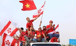 Hanoi heats up for Vietnam vs Malaysia football match