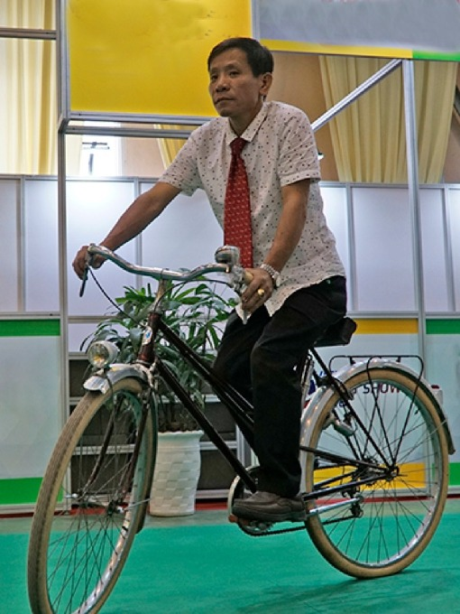 Compared to a normal bike, Mais bicycle of over 100 million VND ($4,325) does not have much difference. Photo by VnExpress/ Trong Nghia.