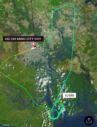 Graphics from Flightradar24 shows the Vietjet aircraft has circled before returning to Tan Son Nhat Airport.