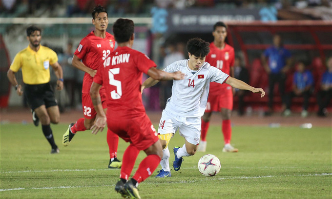 AFF Cup: Vietnam miss multiple shots in scoreless match against Myanmar