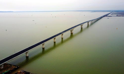 Old nail trick threatens safety on sea-crossing bridge
