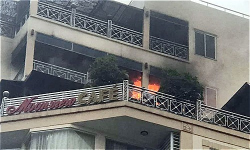 Hanoi's Old Quarter hotel catches fire, guests unharmed