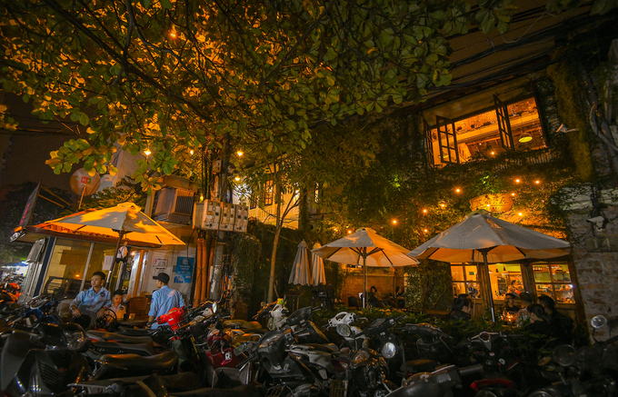 10 places to enjoy a full night in Hanoi - 9