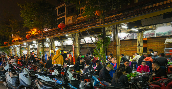 10 places to enjoy a full night in Hanoi - 6