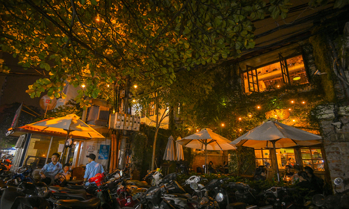 10 places to enjoy a full night in Hanoi