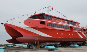 Vietnam launches high-speed craft to Con Dao Island