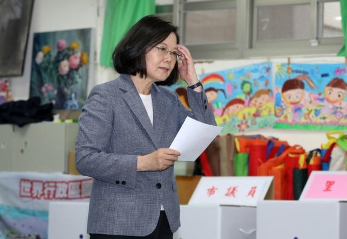 Anti-gay marriage groups win Taiwan referendum battle