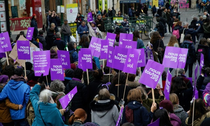 Thousands protest in 'feminist tidal wave' against sexist violence