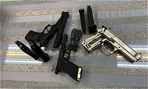 Hanoian arrested for smuggling pistols from Paris