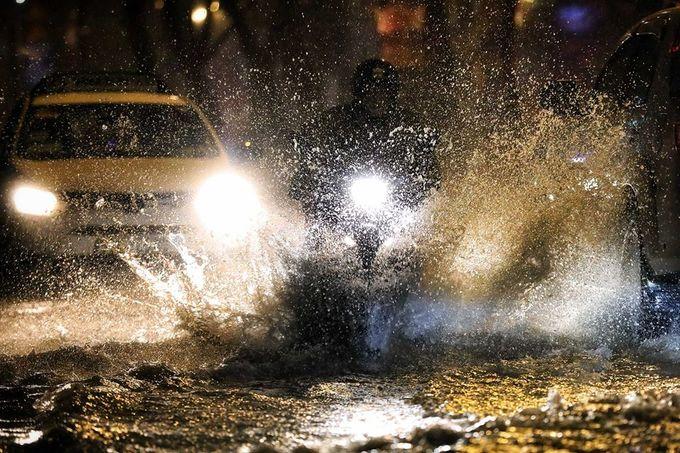 Sleepless in Saigon: storm Usagi keeps residents up all night - 6