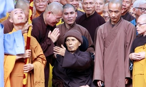 Thich Nhat Hanh brings home the miracle of mindfulness