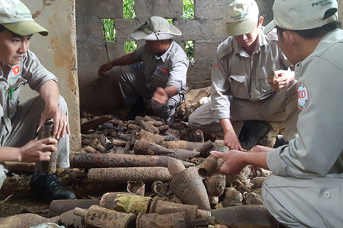 1,000 warheads removed from abandoned house in central Vietnam
