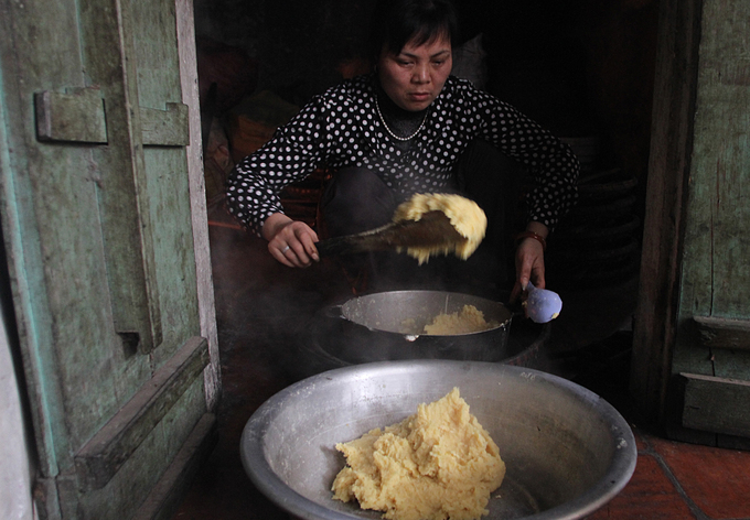 A Hanoi village that has its cake and sells a lot of it - 2