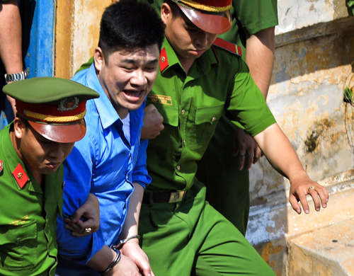 Man who killed two Saigon vigilantes gets death sentence