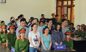 13 sentenced to death in Vietnam in two heroin trafficking cases