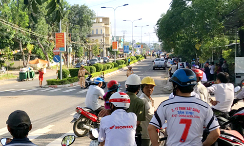Vietnamese official shoots, kills colleague at work